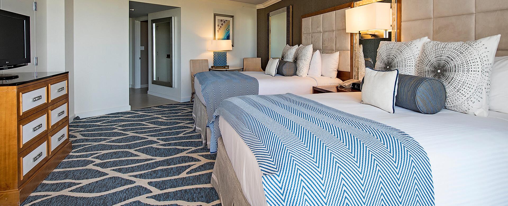 2 Bed Bedroom Naples Grande