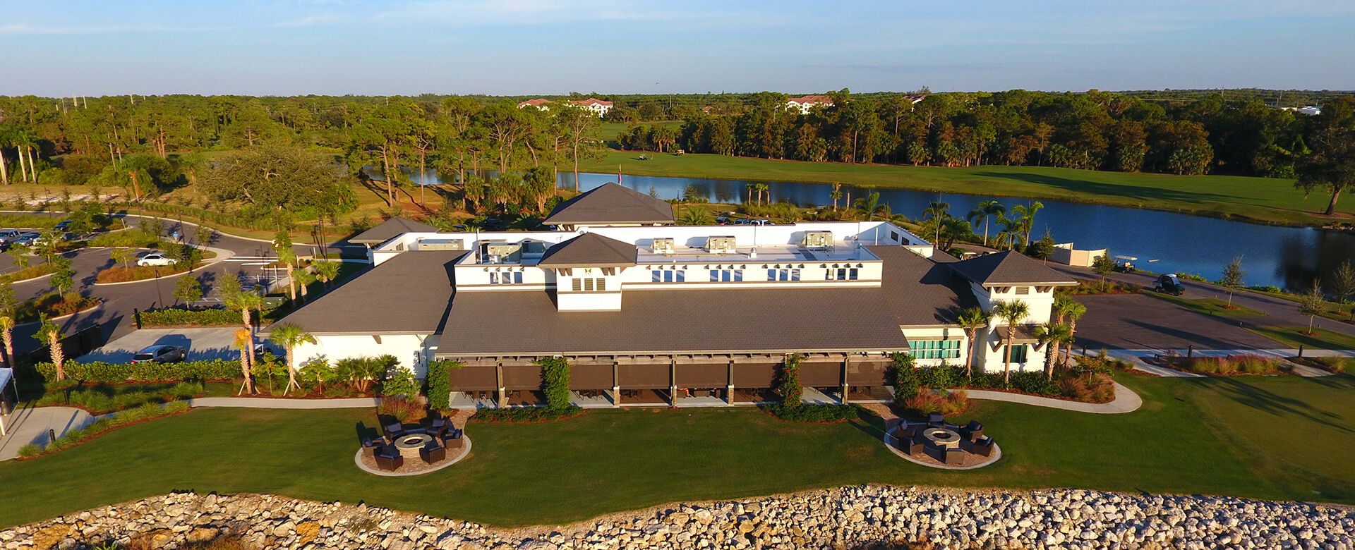golf course clubhouse naples grande