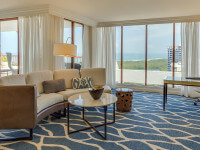 Signature Gulf View Suite living room