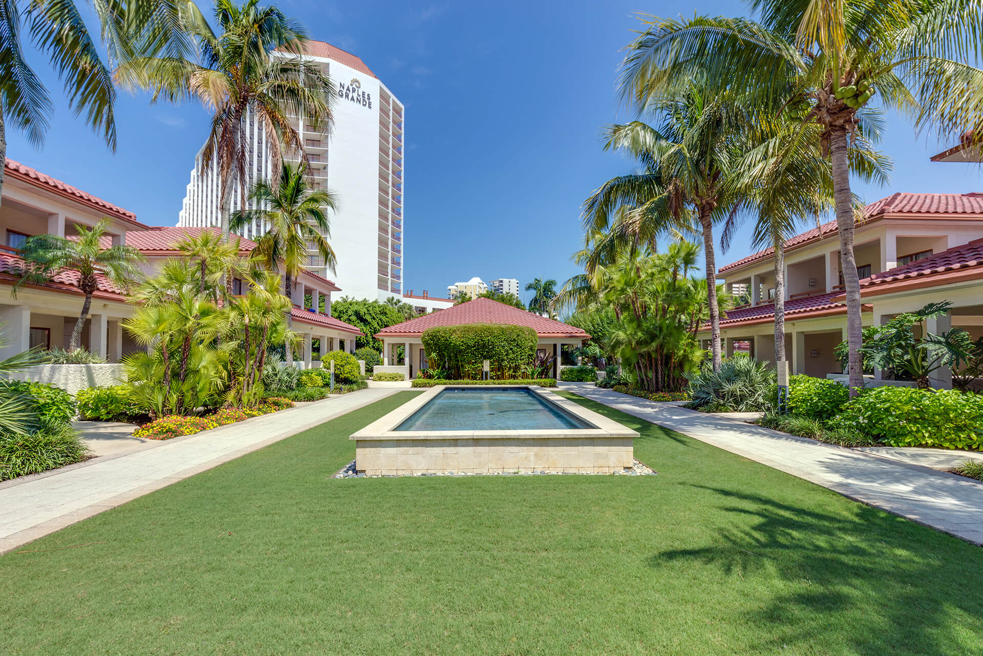 Secluded Floridian Gardens With Ious Lawns And Reflecting Pools Naples Grande Beach Resort
