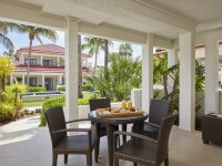 naples grande outdoor patio